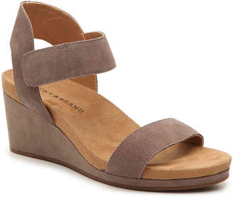Lucky Brand Kamila Wedge Sandal - Women's