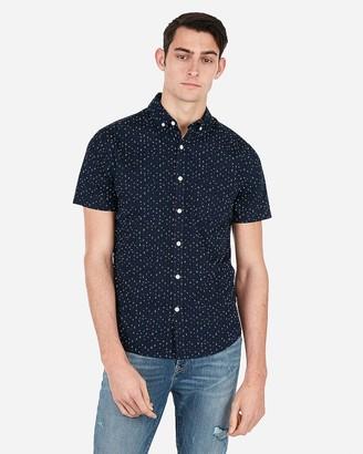 Express Slim Star Print Short Sleeve Shirt