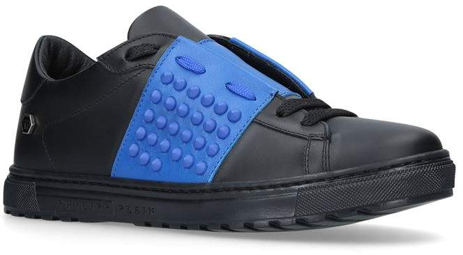 Andre Low-Top Sneakers