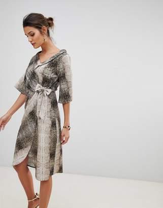 Closet London wrap front stripe dress in snake print