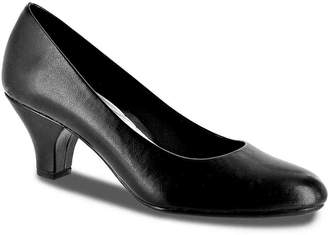 Easy Street Shoes Fabulous Pump - Women's