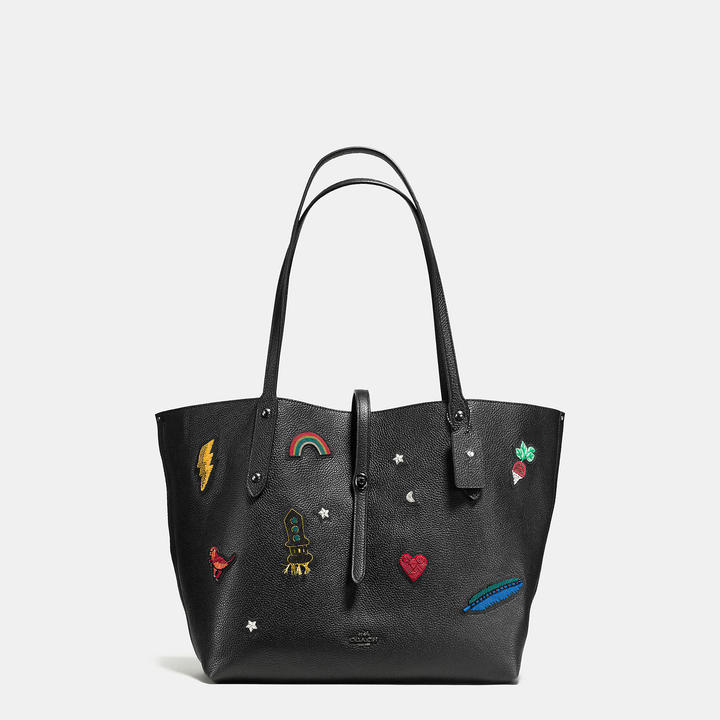 Coach  COACH Coach Market Tote In Polished Pebble Leather With Souvenir Embroidery