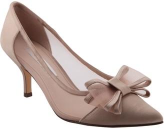 2be75f47d0801 Nina Mid-Heel Pointed Toe Pumps - Bianca