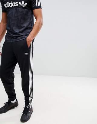 adidas Adicolor 3-Stripe Joggers In Black Cw2981