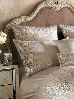 Kylie Minogue Jessa Blush Housewife Pillowcase