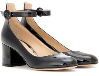 Gianvito Rossi Greta Mid patent leather pumps