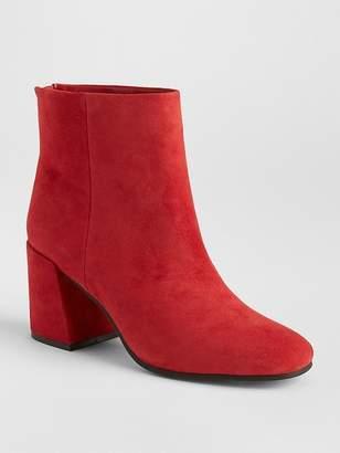 Gap Square-Toe Block Heel Boots