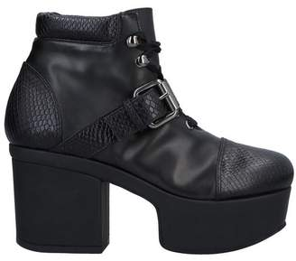 I'M Isola Marras Ankle boots