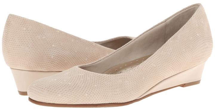 Trotters - Lauren Women's Slip-on Dress Shoes