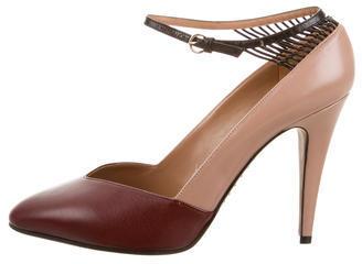 ValentinoValentino Leather Round-Toe Pumps