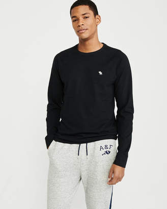 Abercrombie & Fitch Long-Sleeve Icon Crewneck Tee
