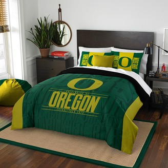 Oregon Ducks Modern Take Full/Queen Comforter Set by Northwest