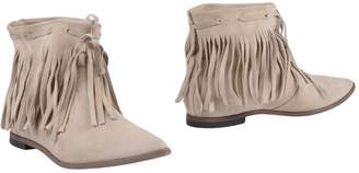 Janet & Janet Ankle boots - Item 11431345