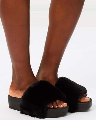 Missguided Faux Fur Flatform Sliders