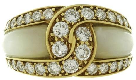 Van Cleef & ArpelsVan Cleef & Arpels 18K Yellow Gold Mother-Of-Pearl Diamond Ring Size 5.5