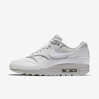 Nike 1 LX Women's Shoe