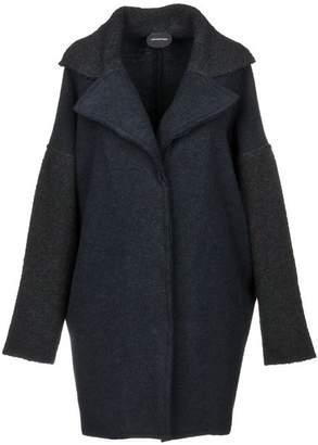 Manostorti Coat