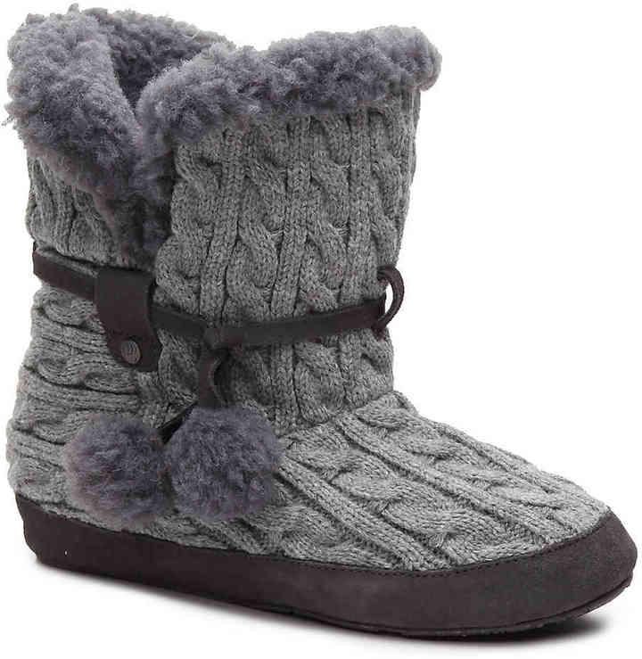 BearPawWomen's Bearpaw Trista Bootie Slipper -Grey