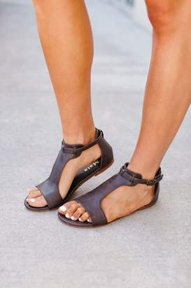 Roman Sandal - Pewter