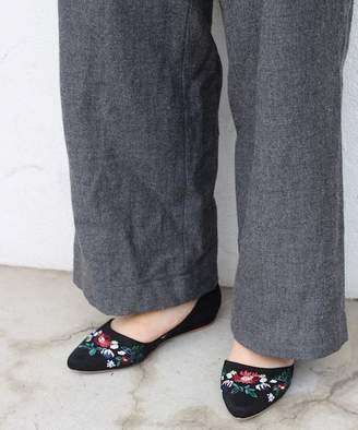 B.C. Stock (ベーセー ストック) - B.c Stock Embroidery Pointed Flat Shoes