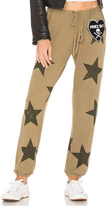 Chaser Star Patch Pant