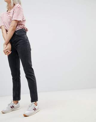 Weekday Line Vintage Feel Straight leg Jean