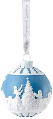 Wedgwood Dressing the Christmas Tree Decoration