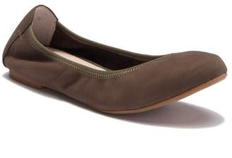 Blondo Becca Waterproof Flat