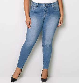 Avenue Body Sculpting Skinny Jean in Light Wash 28-32