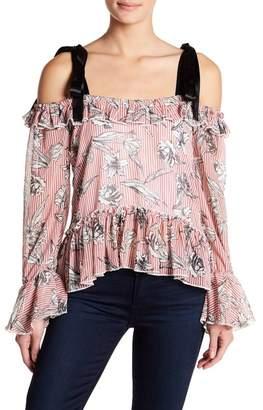 Romeo & Juliet Couture Cold Shoulder Ruffle Trim Print Blouse