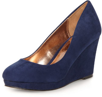 Dorothy Perkins Timeless navy mid wedge court