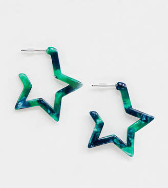 Liars & Lovers emerald resin star earrings