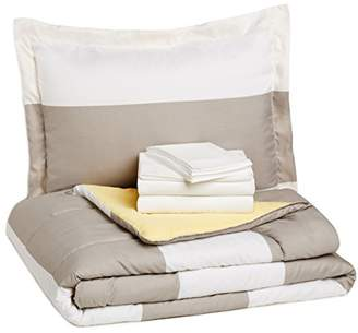 AmazonBasics 7-Piece Bed-In-A-Bag - Full/Queen