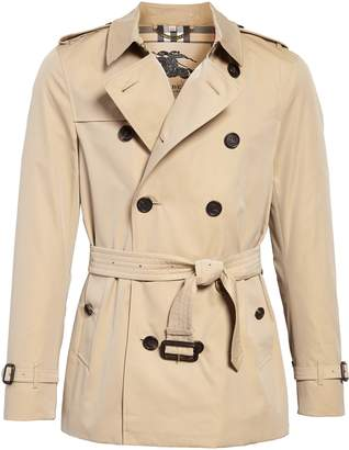Burberry Sandringham Short Double Breasted Trench Coat