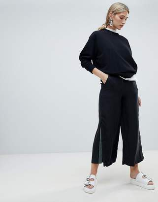 NATIVE YOUTH wide leg trouser with contrast flared panel