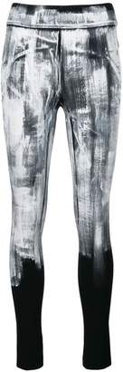 NO KA 'OI No Ka' Oi paint print performance leggings