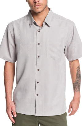 Quiksilver Kelpies Bay Regular Fit Short Sleeve Button-Up Shirt