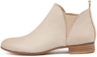Django & Juliette Foe Pale pink Boots Womens Shoes Casual Ankle Boots