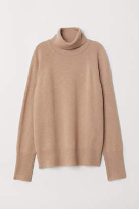 H&M Cashmere Turtleneck Sweater - Beige