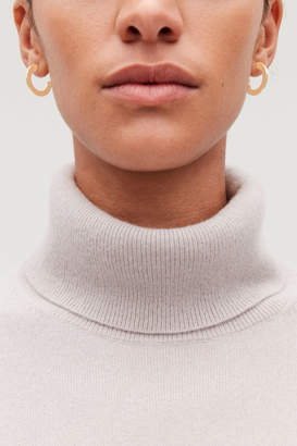Cos SEMI-CIRCLE HOOP EARRINGS