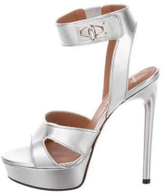 Givenchy Sandale Shark Sandals