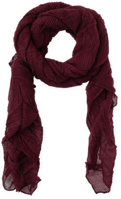 Basque NEW Pleated Scarf FH12228 Wine