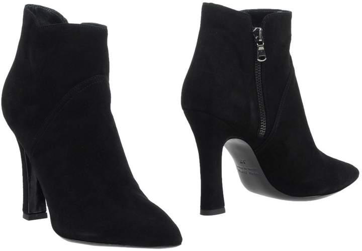 LAURÈN Ankle boots