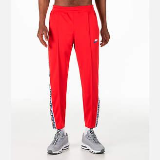 Nike Men's Sportswear AM Taped Track Pants