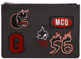 McQ (マックキュー) - McQ Alexander McQueen ブラック バーシティ バッジ タブレット ポーチ