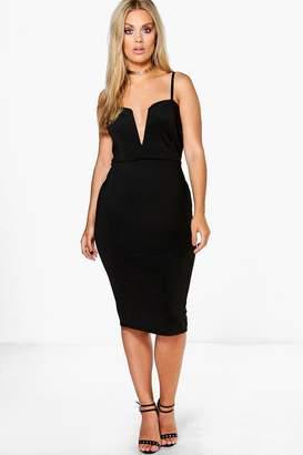 boohoo Plus Soraya Plunge Midi Dress