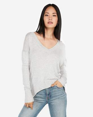 Express Fine V-Neck Tunic Sweater
