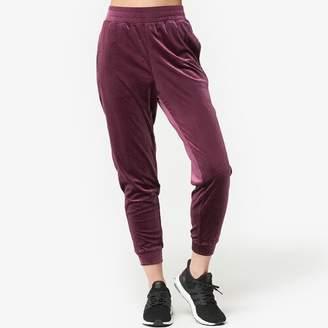Onzie Velour Crop Pants - Women's