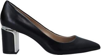 DKNY Pumps - Item 11557505CR