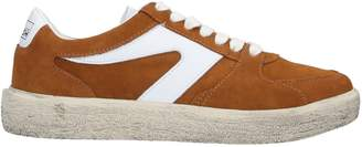 Walsh Sneakers
